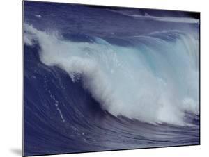 Waves, Pacific Ocean, Christmas Island, Australia by Jurgen Freund