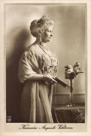 Kaiserin Auguste Viktoria, Npg 4510, Krone, Kette--Giclee Print