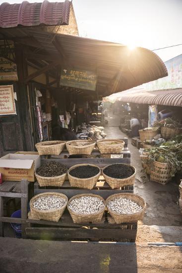 Kalaw Market at Sunrise, Shan State, Myanmar (Burma), Asia-Matthew Williams-Ellis-Photographic Print