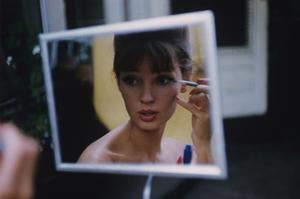 Glamour - July 1960 by Karen Radkai