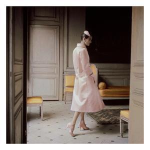 Vogue - July 1955 by Karen Radkai