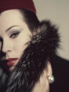 Vogue - September 1959 by Karen Radkai