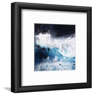 Crashing Waves II by Kari Taylor