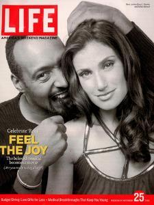 Rent Co-stars Jesse L. Martin and Idina Menzel, November 25, 2005 by Karina Taira