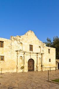The Alamo, Mission San Antonio De Valero, San Antonio, Texas, United States of America by Kav Dadfar