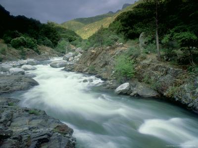 Kaweah River, Sierra Nevada, USA-Olaf Broders-Photographic Print