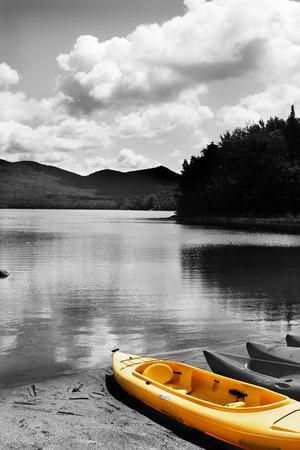 https://imgc.artprintimages.com/img/print/kayak-yellow_u-l-q1bqvdv0.jpg?p=0