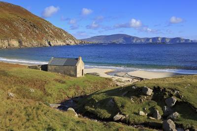 Keem Beach on Achill Island, County Mayo, Connaught (Connacht), Republic of Ireland, Europe-Richard Cummins-Photographic Print