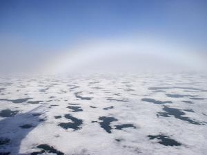 Fogbow in Hinlopen Strait by Keenpress