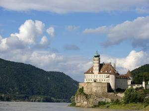 Rocky Promontory on the Danube River by Keenpress