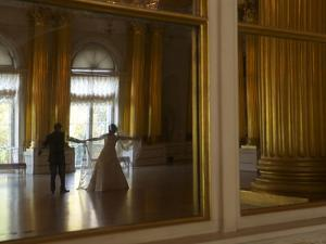 Russian Couple Having Wedding Photos Taken Inside the Winter Palace by Keenpress