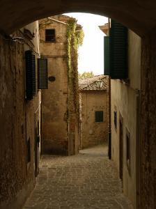 Radda in Chianti, Tuscany, Italy by Keith Levit