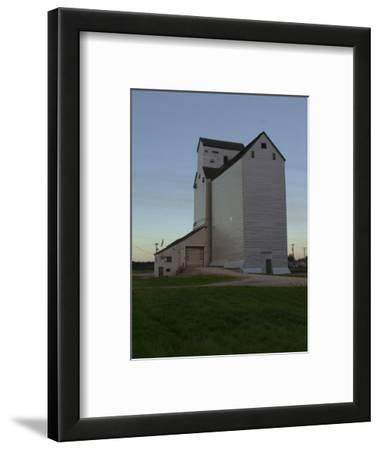White Barn, Manitoba Prairie