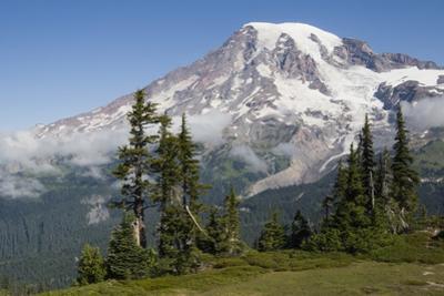 Mount Rainier National Park, Mount Rainier by Ken Archer