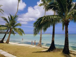 Beach at the Dai Ichi Hotel, Guam, Marianas Islands by Ken Gillham