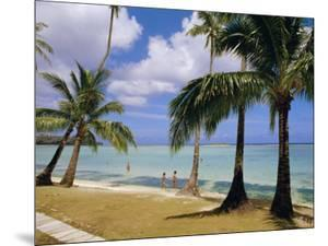 Beach at the Dai Ichi Hotel, Guam, Marianas Islands by Ken Gillham