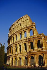 Colosseum, Rome by Ken Gillham