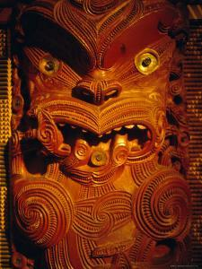 Maori Carving on Meeting House, Auckland Museum, Auckland, North Island, New Zealand, Pacific by Ken Gillham