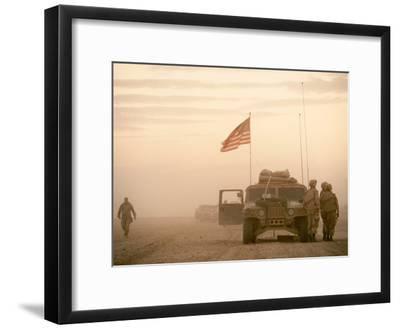 US Soldiers Scanning Desert Horizon in Desert Storm Gulf War