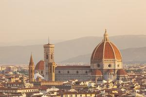 Italy, Tuscany, Florence. Overview of the City with Brunelleschi Cupola on the Duomo. Unesco. by Ken Scicluna
