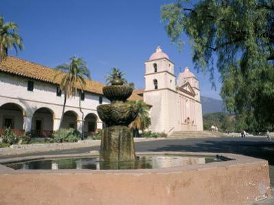 Old Mission, Santa Barbara, California, USA