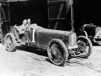 Kenelm Lee Guinness and Perkins with an 8 Cylinder Sunbeam, 1922--Photographic Print