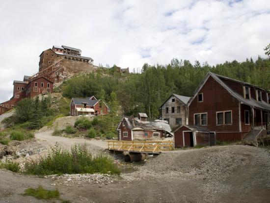 Kennecott Copper Mine, Mccarthy, Wrangell St. Elias National Park, Alaska, USA-Ellen Clark-Photographic Print