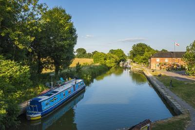 Kennet and Avon Canal at Pewsey Near Marlborough, Wiltshire, England, United Kingdom, Europe-Matthew-Photographic Print