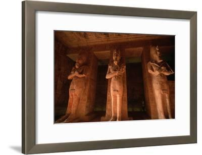 Colossi of Ramses II on the Pillared Hall in the Ramses Temple