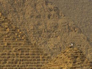 Pyramids at Giza, Khafre, Khufu, Menkaure, Old Kingdom, Egypt by Kenneth Garrett