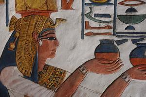 Queen Nefertari Making an Offering to Isis by Kenneth Garrett
