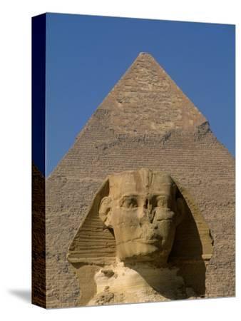 Sphinx and Khafre Pyramid, 4th Dynasty, Giza, Egypt