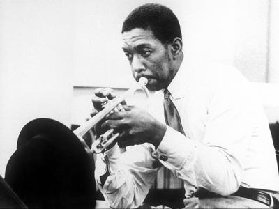 https://imgc.artprintimages.com/img/print/kenny-dorham-mckinley-howard-dorham-1924-1972-american-jazz-trumpet-player-c-1960_u-l-pwgldg0.jpg?p=0