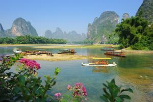 Beautiful Karst Mountain Landscape in Yangshuo Guilin, China by kenny001