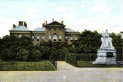 Kensington Palace and Queen Victoria's Statue, London, 20th Century--Giclee Print