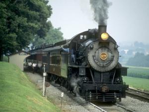 Strasburg Railroad 4-8-0 No.475 at Cherry Hill, Pennsylvaina by Kent Kobersteen