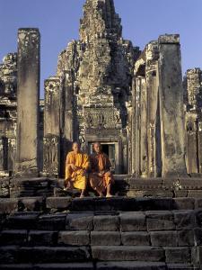 Angkor Wat, Cambodia by Keren Su