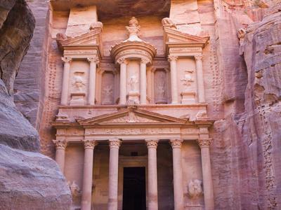 Facade of Treasury (Al Khazneh), Petra, Jordan