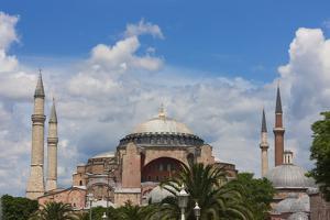 Hagia Sophia, Istanbul, Turkey by Keren Su