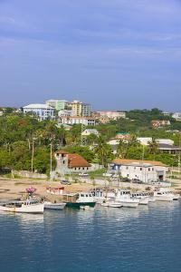 Harbor View, Nassau, Bahamas by Keren Su