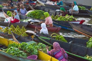 Lok Baintan Floating Market, Banjarmasin, Kalimantan, Indonesia by Keren Su