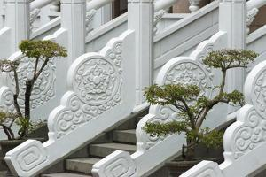 Marble railings in Confucius Temple, Taichung, Taiwan by Keren Su