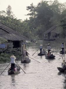 Mekong Delta, Vietnam by Keren Su