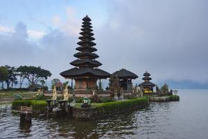 Pura Ulun Danu Bratan Water Temple, Bali Island, Indonesia by Keren Su