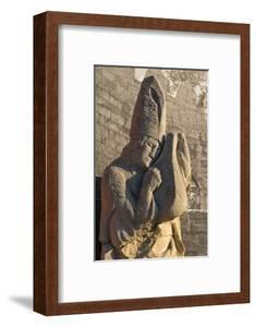Stone statue in the Inner City of Baku, Azerbaijan by Keren Su