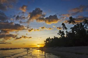 Sunset View of the Beach, Bohol Island, Philippines by Keren Su