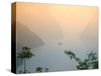 Sunset View of Xiling Gorge, Three Gorges, Yangtze River, China