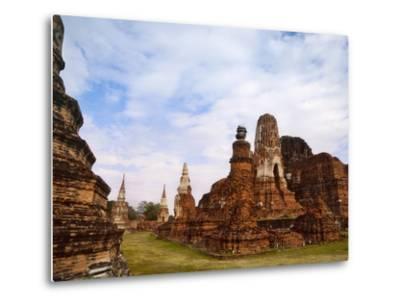 Wat Chaiwatthanaram, Ayutthaya Historical Park, Thailand