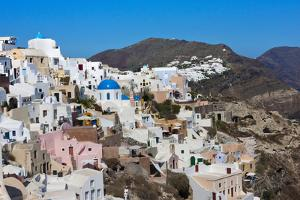 White houses on the coast of Aegean Sea. Oia, Santorini Island, Greece. by Keren Su