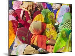 Women in Colorful Saris Gather Together, Jhalawar, Rajasthan, India by Keren Su
